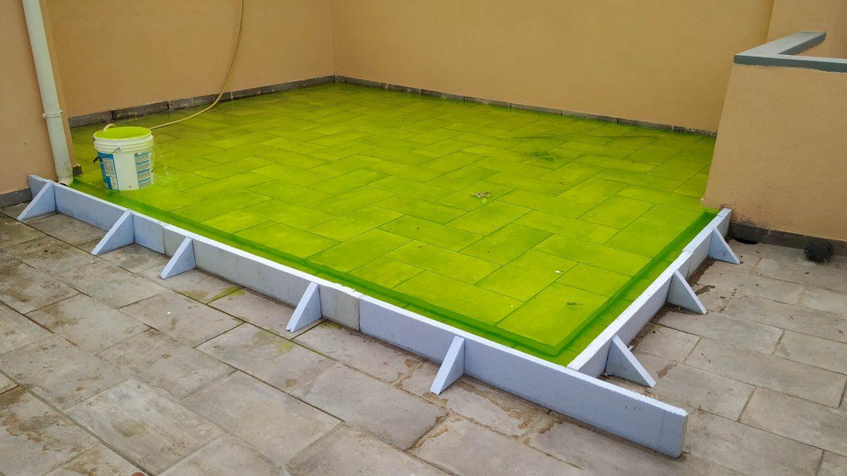 Prova di tenuta terrazzi con liquido tracciante ultravioletto